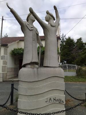 cserkész szobor
